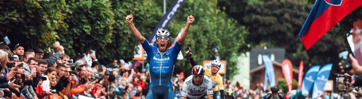 Druhá etapa sa stala korisťou Jannika Steimleho, Peter Sagan opäť druhý, Álvaro Hodeg udržal priebežné prvé miesto