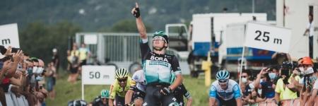 Úvodnú nervóznu poletapu 64. ročníka vyhral Laas z Bory - Hansgrohe